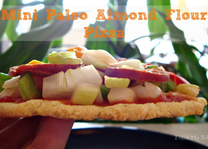 Mini Paleo Pizza // ditchthewheat.com