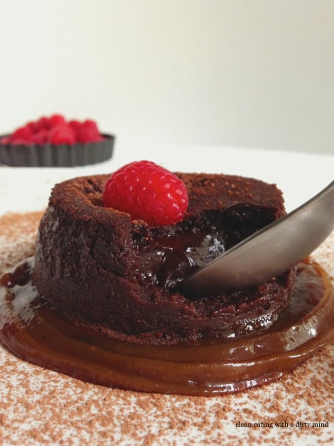 Clean Eating with a Dirty Mind - Paleo lava-cake-3
